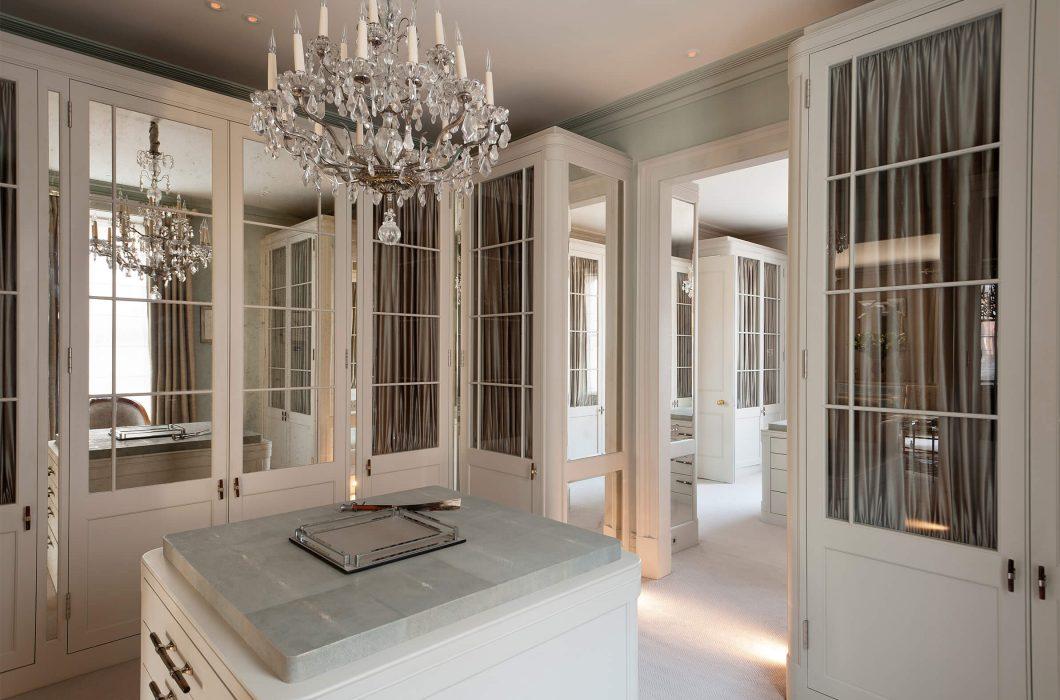 9.StudioIndigo_HollandParkI_dressingroom