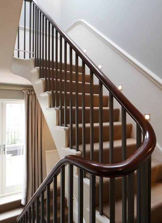 11.StudioIndigo_KensingtonIV_stairs2q