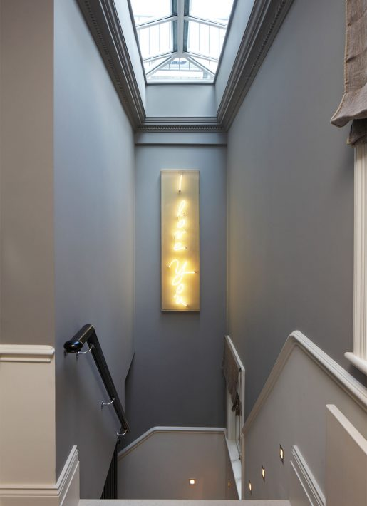 14.StudioIndigo_KensingtonIV_stairs4