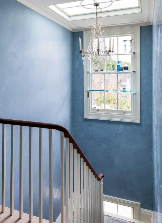 3.StudioIndigo_ListedTownhouse_stair-blue