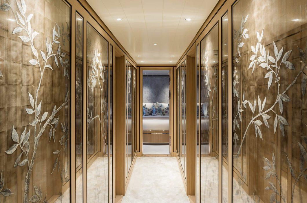 4.StudioIndigo_Joy_hallway
