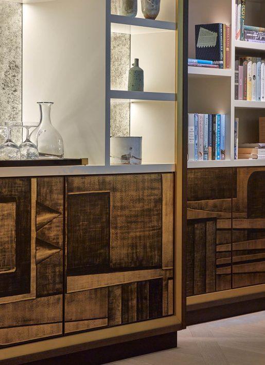 4-StudioIndigo_BelgravApt_Detailshot-bookshelf
