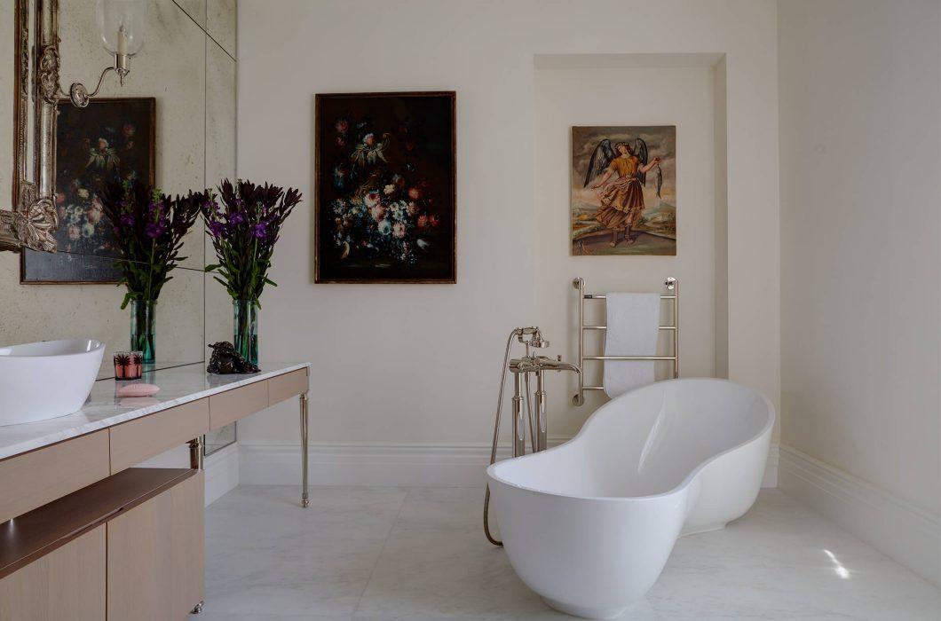 12-StudioIndigo_HollandPark2_Bathroom